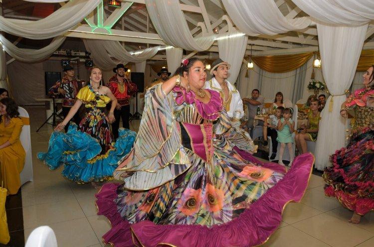 Цыганская свадьба в екатеринбурге, цветов