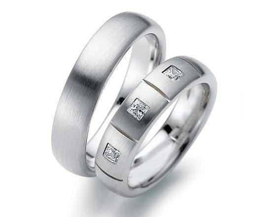 Кольца из белого золота. Обручальные ... 8dbf7c5441100