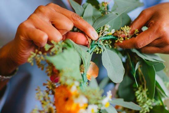 Венок из живых цветов – корона невесты