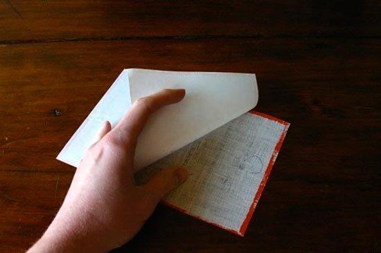 Отсоединение ткани от бумаги