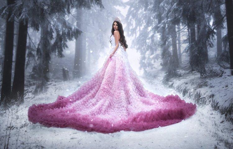 Наряды свадебные с цветной юбкой