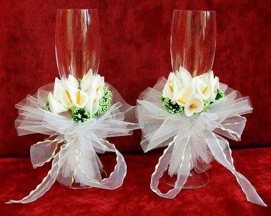 Бокалы для молодоженов – центральный аксессуар свадьбы