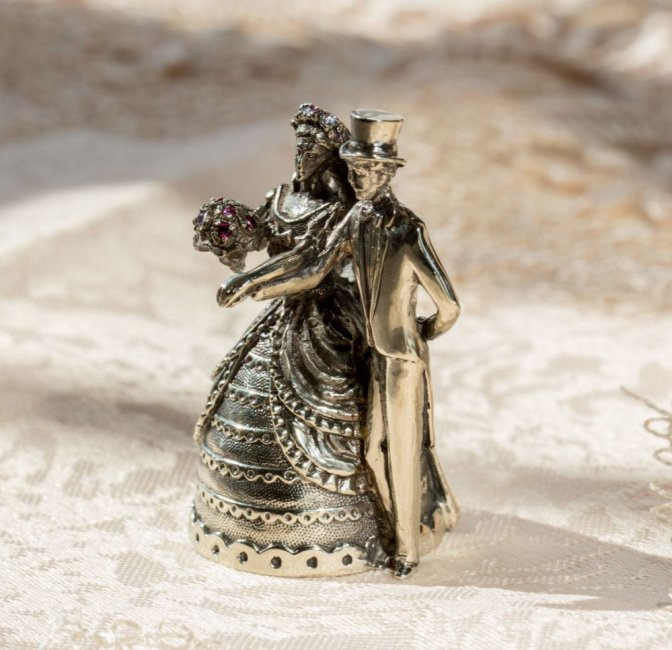Сувенир на годовщину серебрянной свадьбы