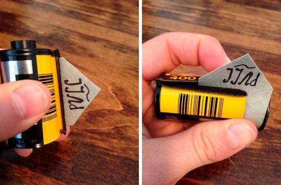 Поместите валик в кассету