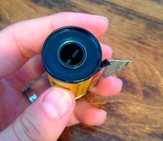 Плотно закрепите кассету