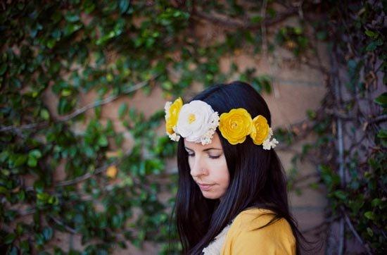 Красивая корона из цветов