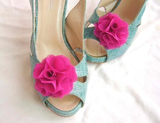 Милые клипсы на свадебную обувь