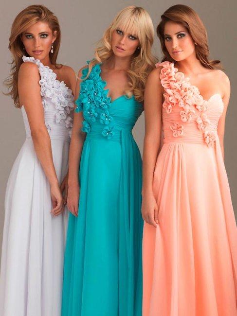 Платья одного цвета разного фасона