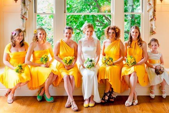 Желтое платье трансформер