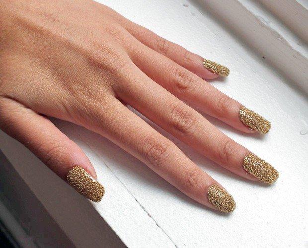 Икорный дизайн ногтей