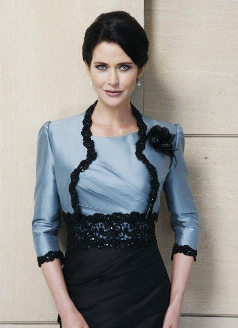 Черно-синий костюм