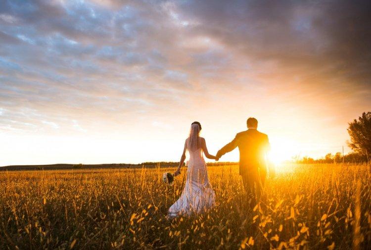 Свадебные фото на закате