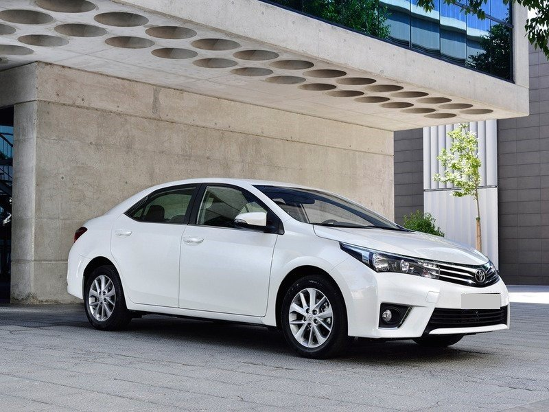 2014-Toyota-Corolla-EU-Version