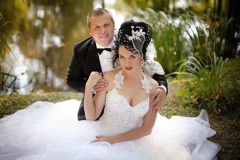 Если во сне девушка видит невестой себя, собственная свадьба - видеть свою свадьбу , значит, предмет ее любви увлечен другой.