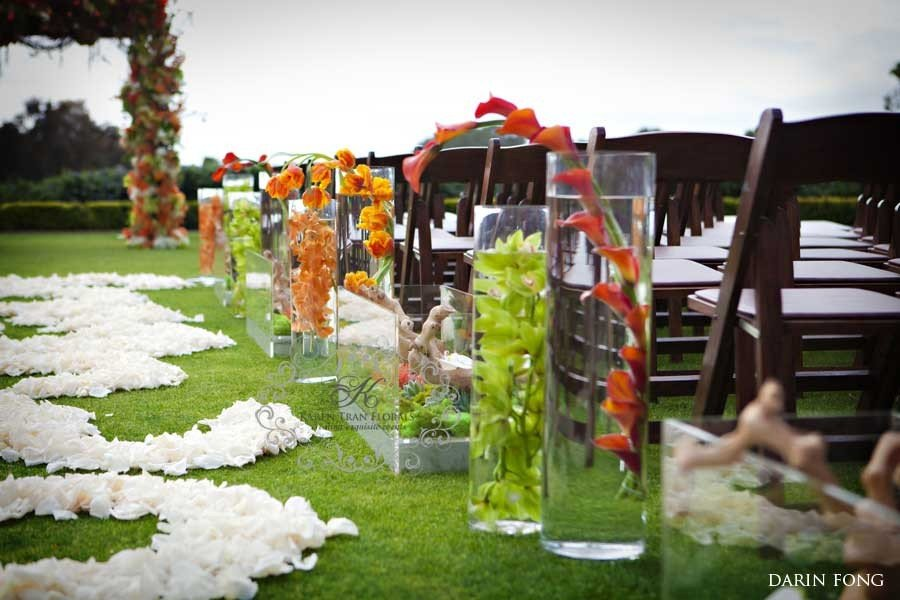 Organic-and-modern-wedding-ceremony