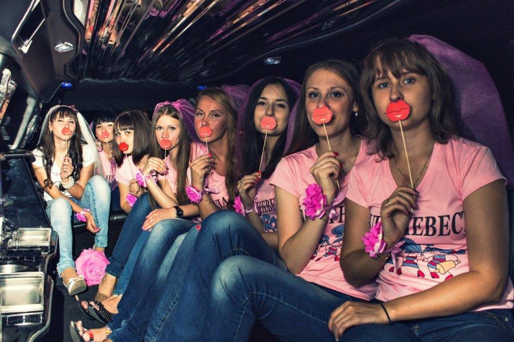 Вечеринка в лимузине