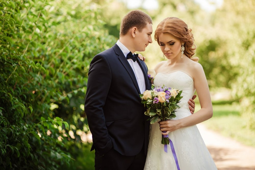 Позы для свадебных фотосессий зимой