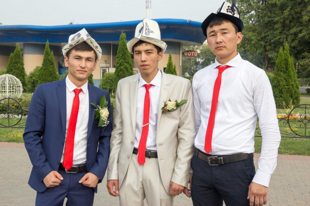 поздравления с днем свадьбы по киргизски известно, аниме пользуется