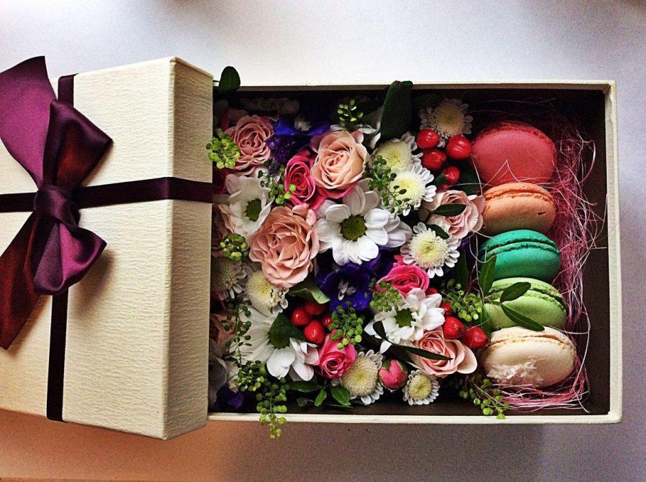 Цветов красноцветов, новинки подарочных цветов